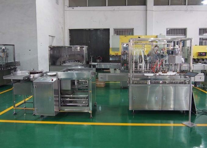 8 galviņu sīrupa automātiskā uzpildes un aizbāžņu iekārta farmācijas ražošanas līnijai