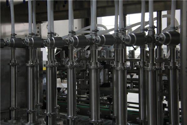 Automātiska šķidruma mazgāšanas līdzekļa dušas želejas pudeles šķidruma pildīšanas mašīna
